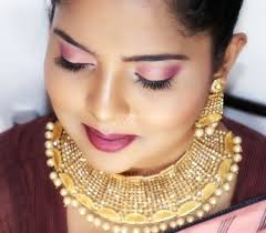 How to hire a professional makeup artist for your wedding or private event